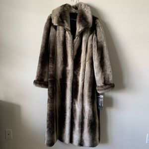 Pamela McCoy Faux fur mink coat